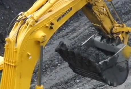 小松2000挖掘机